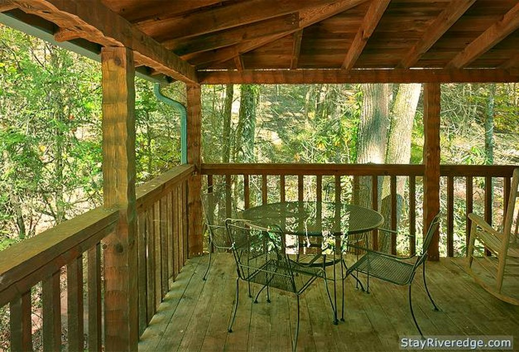 Deck with table at Peaceful Brook