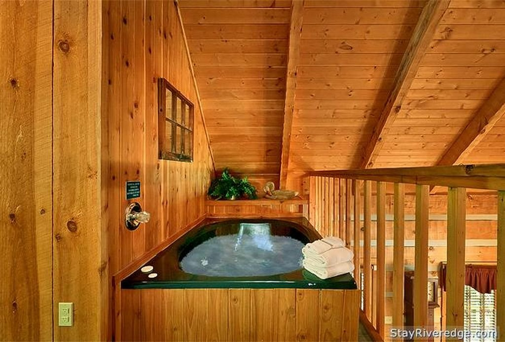 Upstairs jacuzzi view