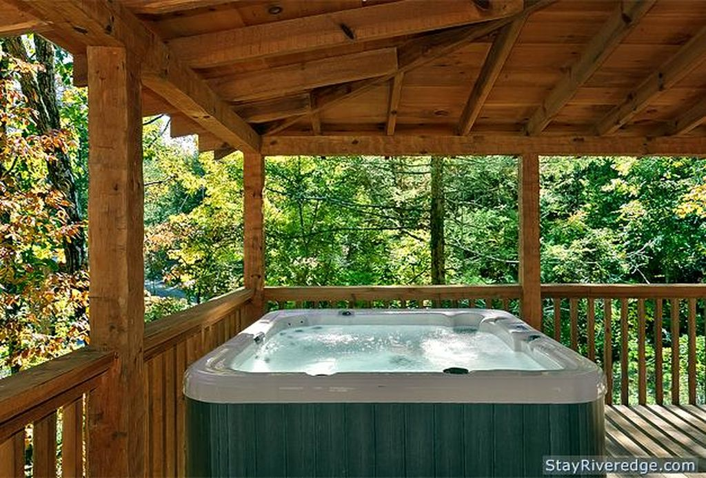 Hot tub view at Nature's Melody